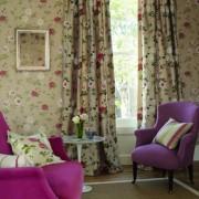 Как правильно подобрать шторы к обоям по цвету?